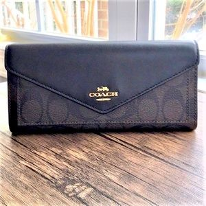 NWT Coach Signature Slim Envelope Wallet!!!